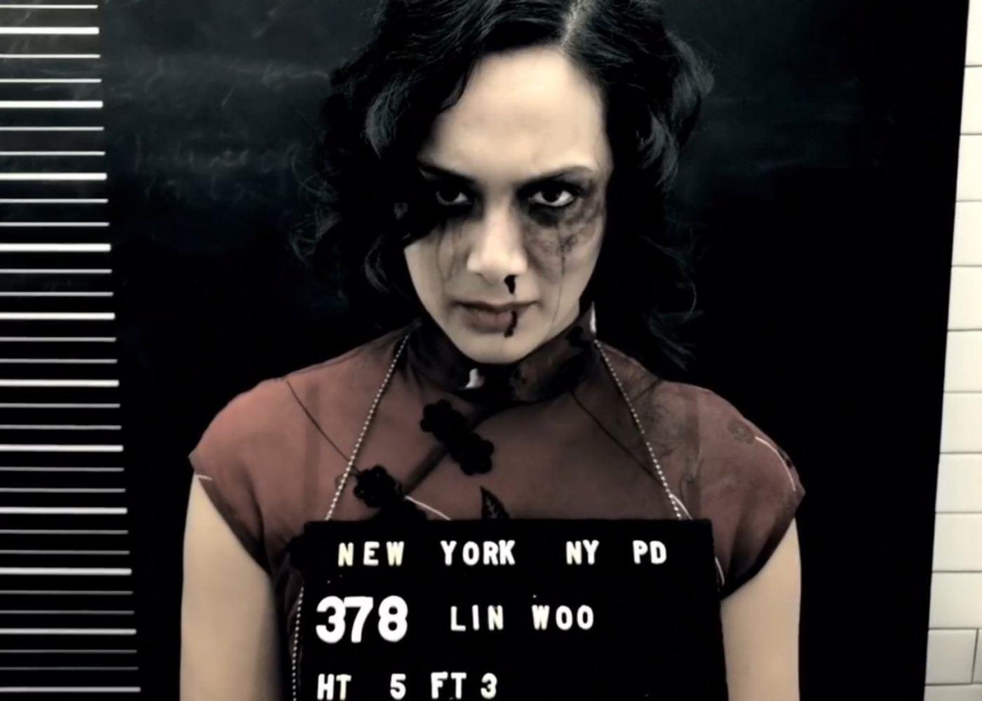 Zack Snyder's Snow Steam Iron Stars Wonder Woman Actress