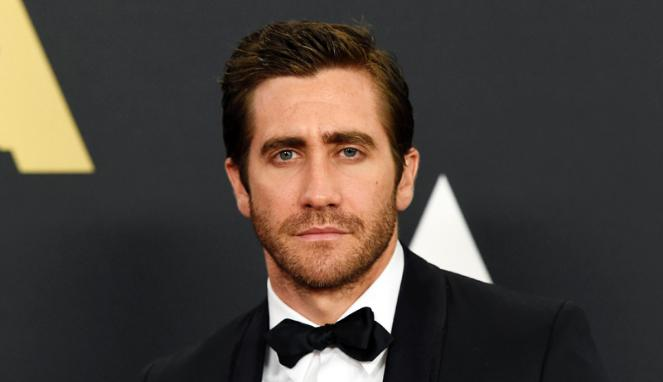 Jake Gyllenhaal to Play Batman?