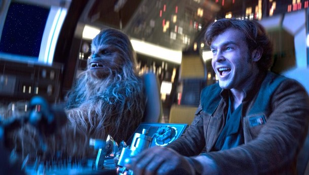 Solo: A Star Wars Story Standee Lets Fans Sit in the Cockpit of the Falcon