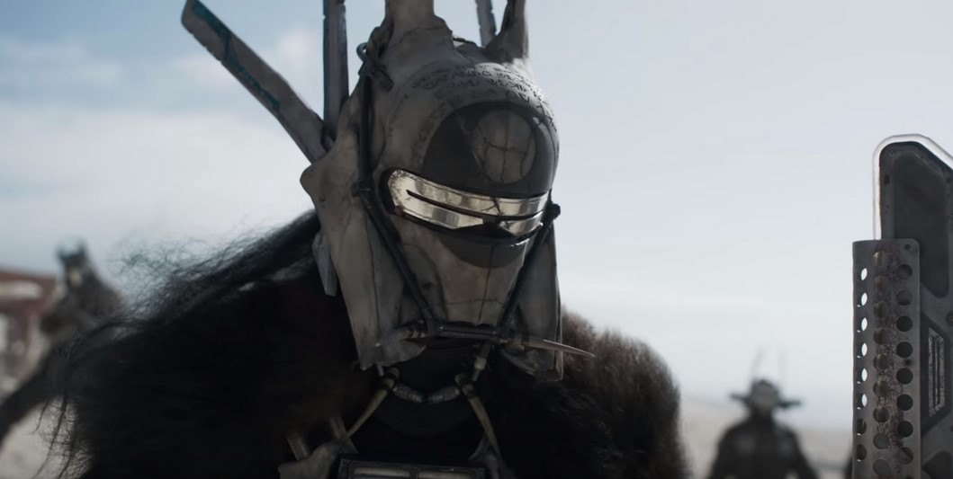 Solo: A Star Wars Story's Enfys Nest Shares Fun BTS Photo of Her and Chewbacca