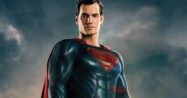 Henry Cavill Reveals Details About Justice League Snyder Cut