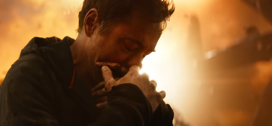 BTS Video has Tony Kiss Peter During the Hug they Had Shared in Avengers: Endgame