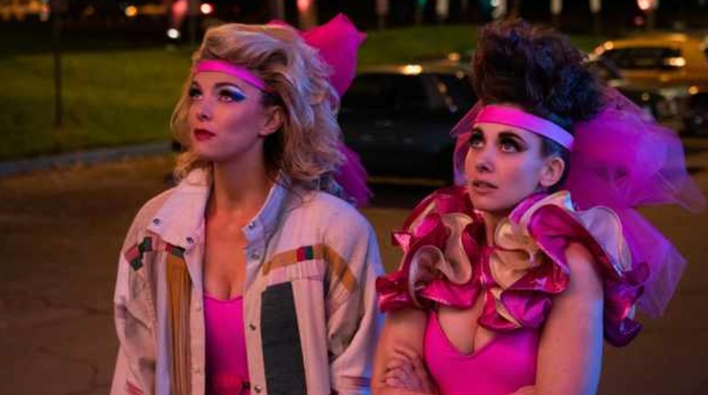 The Girls Take Vegas in New Trailer for GLOW 3