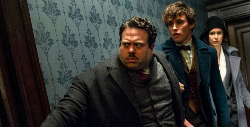 Dan Fogler Teases a 'Massive War' for Fantastic Beasts 3