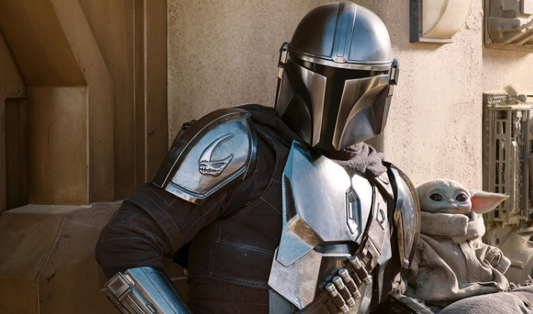 The Mandalorian Season 2 Gets New Images of Mando, Baby Yoda, and More