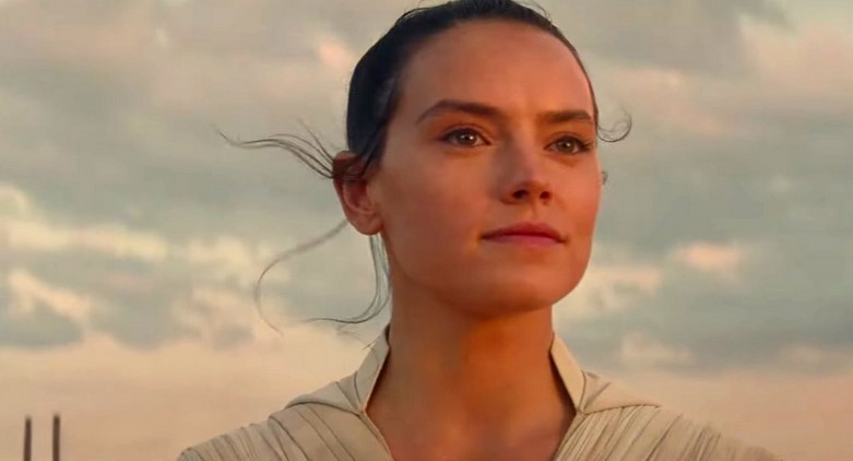 Star Wars: Daisy Ridley Perfectly Roasts Ted Cruz After He Disses on Rey