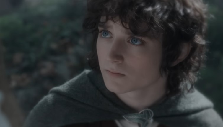 Elijah Wood Doesn't Think Amazon's LOTR Series should be Called 'Lord of the Rings'